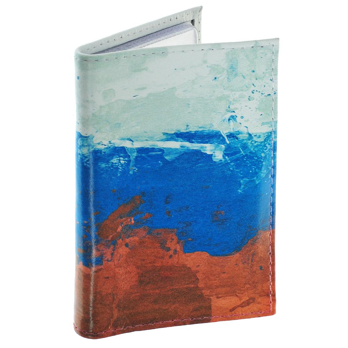 Обложка для автодокументов Флаг Российской Федерации. AUTO292AUTO292Обложка для автодокументов Mitya Veselkov Флаг Российской Федерации изготовлена из натуральной кожи и стилизована под нарисованный красками флаг Российской Федерации. На внутреннем развороте имеются съемный блок из шести прозрачных файлов из мягкого пластика для водительских документов, один из которых формата А5, а также два боковых кармашка для визиток или банковских карт. Стильная обложка не только поможет сохранить внешний вид ваших документов и защитит их от грязи и пыли, но и станет аксессуаром, который подчеркнет вашу яркую индивидуальность.