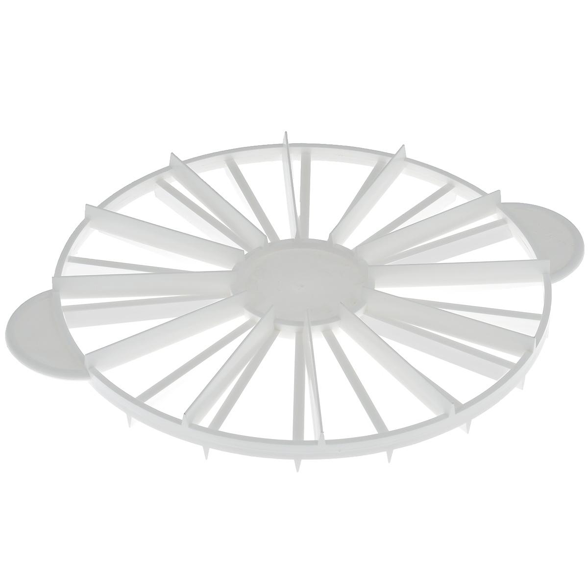 Декоратор кулинарный Dr.Oetker, с порционной разметкой, диаметр 26,5 см1641Декоратор кулинарный Dr.Oetker выполнен из пищевого пластика и предназначен для украшения кулинарных изделий. Декоратор позволяет делать разметку для нарезания торта на 12 и 18 кусков. Декоратор Dr.Oetker станет незаменимым атрибутом на кухне каждой хозяйки. Можно мыть в посудомоечной машине.