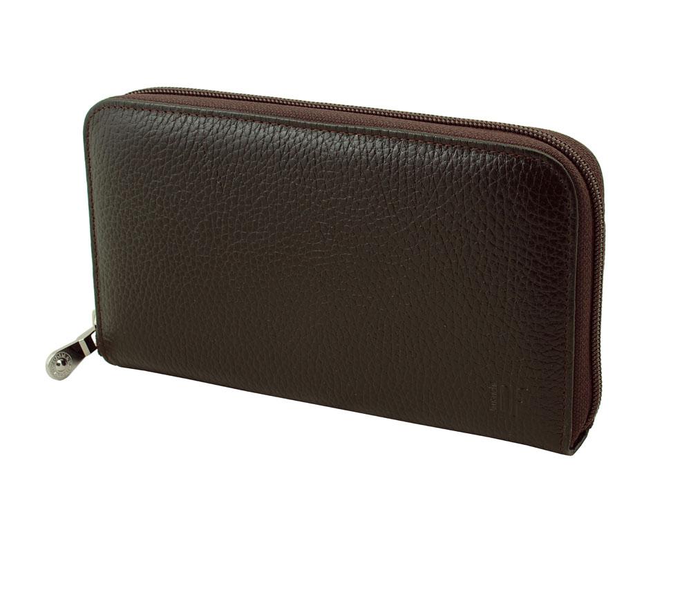 Портмоне-клатч мужское Dimanche Street Brun, цвет: темно-коричневый. 828828Стильное мужское портмоне-клатч Dimanche Street Brun изготовлено из натуральной фактурной кожи. Закрывается на застежку-молнию. Внутри содержится 4 вместительных отделения для купюр, карман на молнии для мелочи, 10 кармашков для пластиковых карт и 2 потайных кармашка для бумаг, один из которых закрывается на молнию. На задней стенке имеется ручка для удобства переноски. Внутри изделие отделано атласным полиэстером с узором. Фурнитура - серебристого цвета. Стильное портмоне отлично дополнит ваш образ и станет незаменимым аксессуаром на каждый день. Упаковано в фирменную картонную коробку.