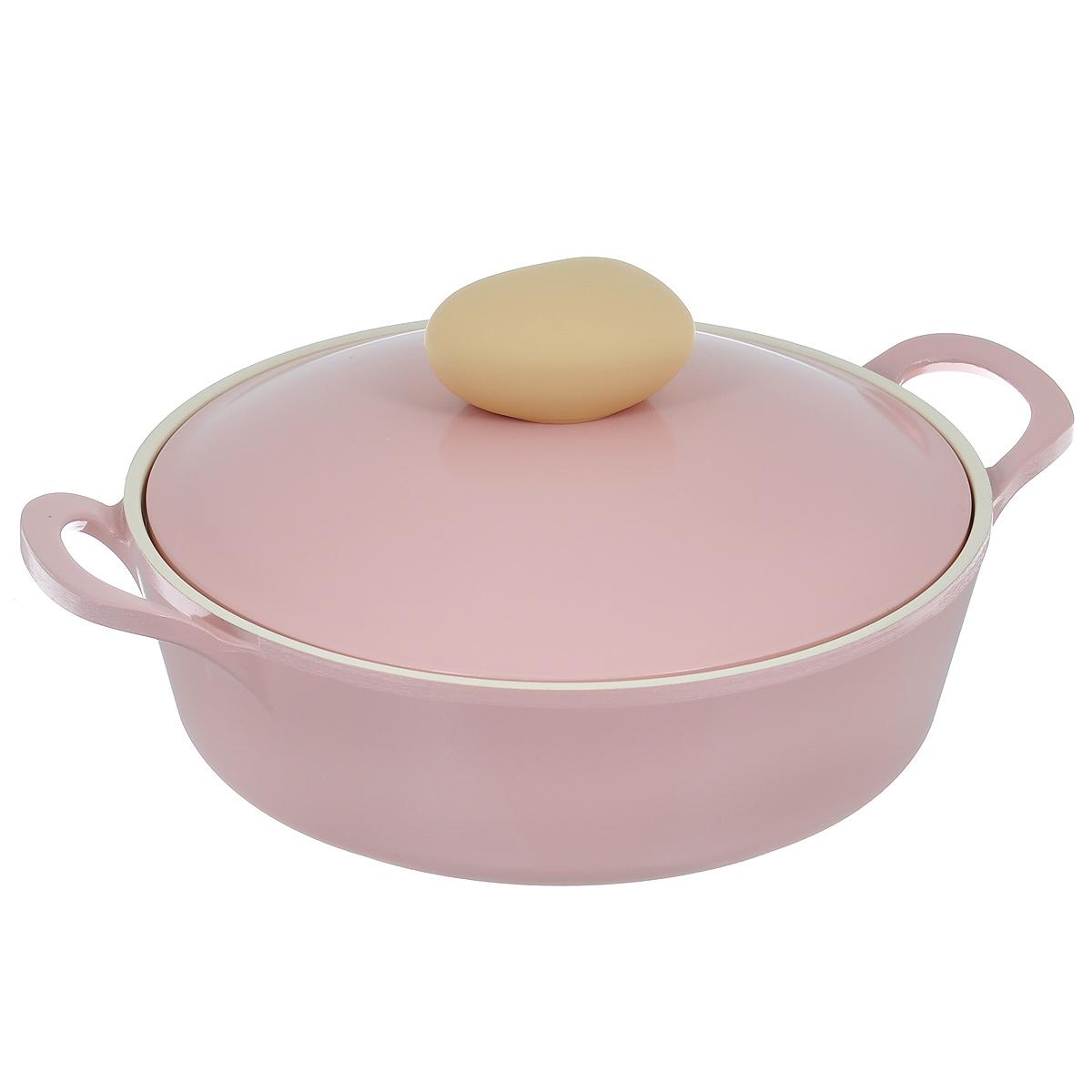 Жаровня Frybest Round с крышкой, с керамическим покрытием, цвет: розовый, 2 лROUND L22-PЖаровня Frybest Round выполнена из алюминия с внутренним и внешним керамическим покрытием Ecolon Superior. Такое покрытие устойчиво к повреждениям и не содержит вредных компонентов, так как изготовлено из натуральных материалов. Жаровня оснащена удобными литыми алюминиевыми ручками и крышкой с пароотводом и прорезиненной ручкой из высококачественного пластика. Коллекция Round - это сочетание непревзойденного качества и элегантности. Ключевые преимущества: - Литой алюминиевый корпус хорошо проводит тепло и равномерно нагревается, обеспечивая наиболее эффективное приготовление пищи, - Крепления ручек не имеют заклепок на внутренней стороне посуды, - Внешнее и внутреннее покрытие устойчиво к царапинам и повреждениям, - Покрытие абсолютно нейтрально и не вступает в реакцию с пищей, - Легко моется, - Утолщенное дно для лучшего распространения тепла и экономии энергии, - Благодаря равномерно прогревающейся алюминиевой...