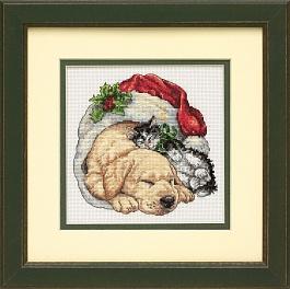 Набор для вышивания крестом Dimensions Щенок и котенок рождественским утром, 15 см х 15 смDMS-08826Набор для вышивания Dimensions Щенок и котенок рождественским утром поможет вам создать свой личный шедевр - красивую картину, вышитую в технике счетный крест. Вышивание отвлечет вас от повседневных забот и превратится в увлекательное занятие! Работа, сделанная своими руками, создаст особый уют и атмосферу в доме и долгие годы будет радовать вас и ваших близких, а подарок, выполненный собственноручно, станет самым ценным для друзей и знакомых. В набор входят: - канва Aida 18 белая, - хлопковые нитки мулине: 24 цвета, - игла, - инструкция на русском языке. УВАЖАЕМЫЕ КЛИЕНТЫ! Обращаем ваше внимание, на тот факт, что рамка в комплект не входит, а служит для визуального восприятия товара.