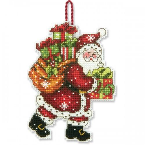 Набор для вышивания крестом Dimensions Санта с мешком, 8,2 см х 11,4 смDMS-70-08912Набор для вышивания Dimensions Санта с мешком поможет вам создать свой личный шедевр - новогоднее подвесное украшение, вышитое в технике счетный крест. Вышивание отвлечет вас от повседневных забот и превратится в увлекательное занятие! Работа, сделанная своими руками, создаст особый уют и атмосферу в доме и долгие годы будет радовать вас и ваших близких, а подарок, выполненный собственноручно, станет самым ценным для друзей и знакомых. В набор входят: - канва пластиковая 14 белая, - хлопковые нитки мулине: 15 цветов, - игла, - инструкция на русском языке.