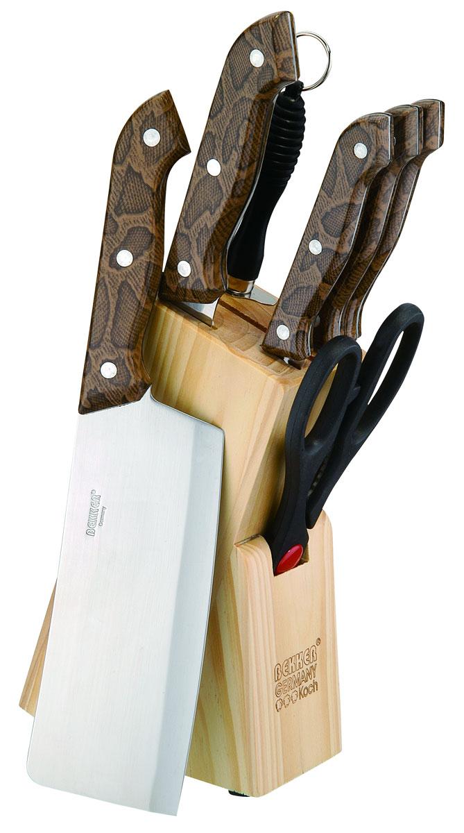Набор ножей Bekker, 8 предметов. BK-141BK-141Набор Bekker состоит из 5 ножей (топорик, нож для резки хлеба, нож разделочный, нож универсальный и нож для очистки), ножниц, мусата и подставки. Лезвия ножей выполнены из высококачественной нержавеющей стали с лазерной заточкой, ручки - из пластика с принтом под крокодила. Сталь устойчива к коррозии, отличается прочностью и отсутствием вредных соединений при контакте с продуктами. Режущая кромка лезвий устойчива к притуплению. В набор входит: - Топорик. Имеет очень толстое и широкое лезвие. Центр тяжести смещен вперед. Используется для разрубания замороженного мяса с костями или птицы. - Нож для резки хлеба. Нож имеет широкое клиновидное лезвие с зазубренной заточкой. Подходит для различной выпечки и хлебобулочных изделий. - Нож разделочный. Нож с нешироким лезвием, удобен для отделения мяса от костей и сухожилий, часто также используется для нарезки различных продуктов. - Нож универсальный. Многофункциональный нож, подходит для нарезки овощей,...