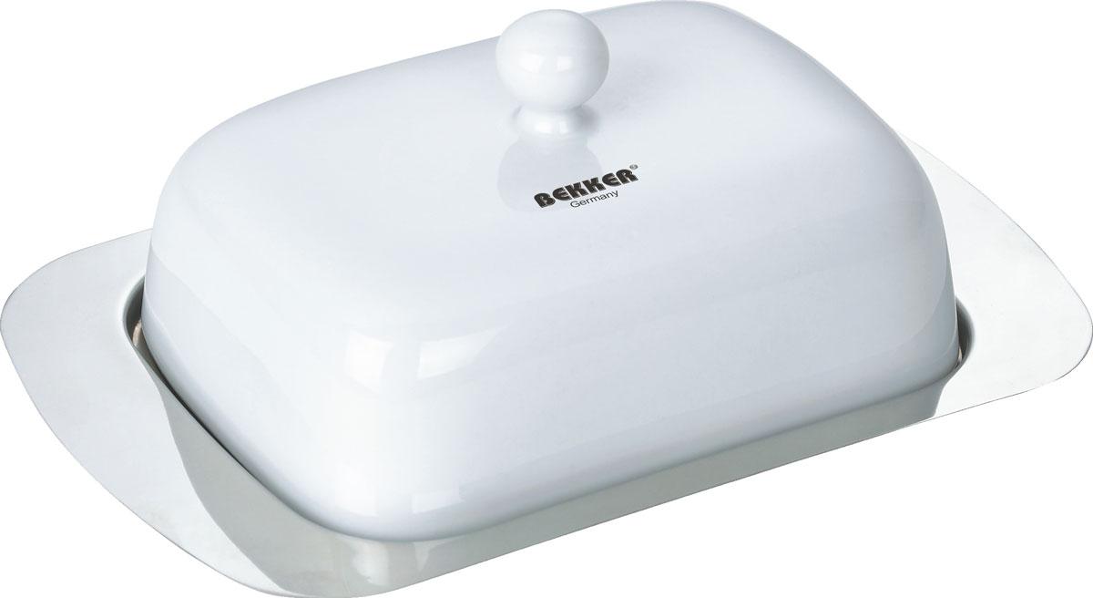Масленка Bekker. BK-3003BK-3003Масленка Bekker изготовлена из высококачественной нержавеющей стали с зеркальной полировкой, крышка имеет белое матовое покрытие. Масленка представляет собой поднос с выемками, благодаря которым крышка плотно на него устанавливается. В такой масленке масло надолго останется вкусным и свежим. Масленка Bekker станет достойным дополнением коллекции ваших кухонных аксессуаров. Размер масленки (ДхШхВ): 18,7 см х 12,3 см х 6,5 см. Толщина стенки: 0,5 мм.