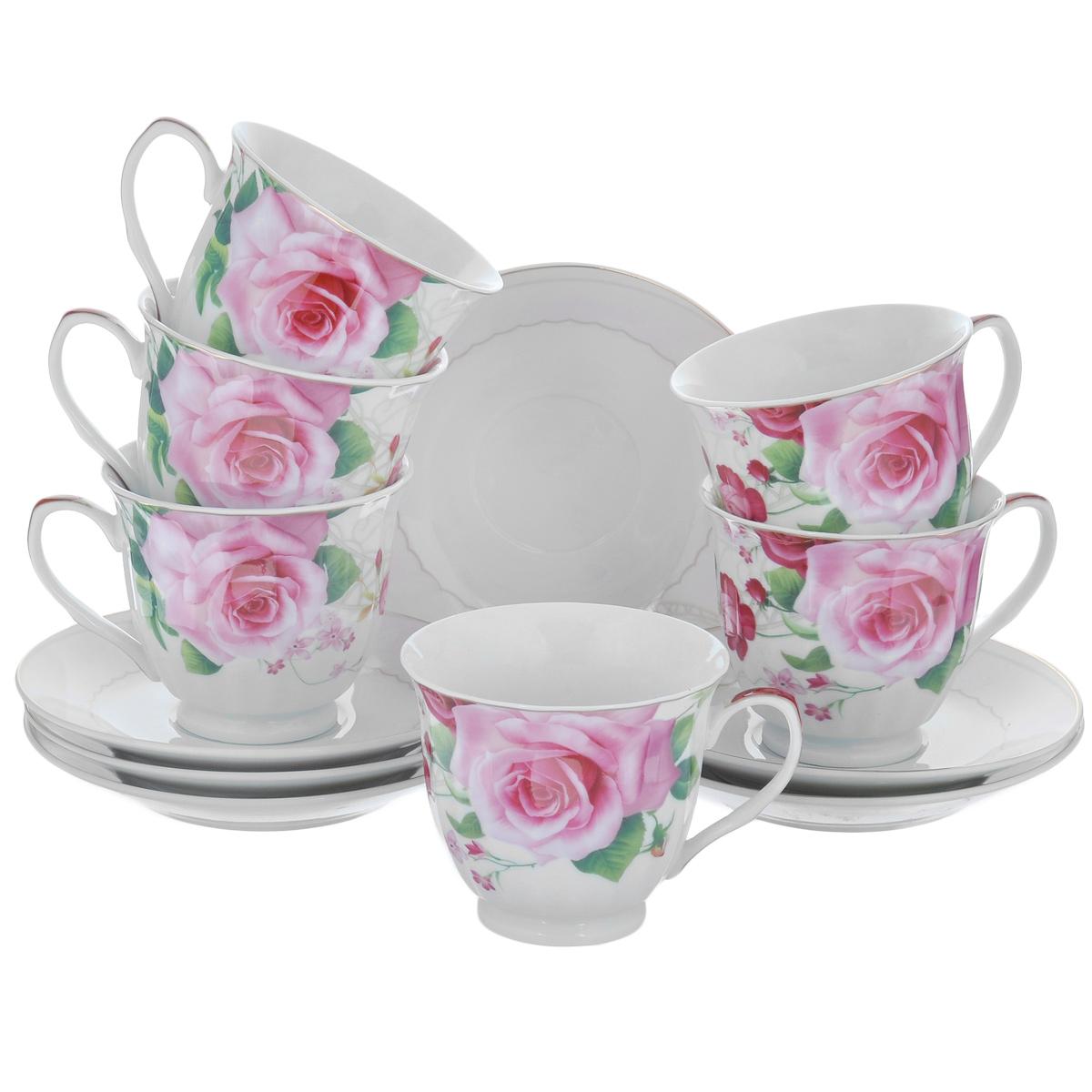 Набор посуды Нежные розы, 12 предметов3758Набор посуды состоит из 6 блюдец и 6 чашек. Изделия выполнены из высококачественного фарфора и декорированы каймой по краю и изображением роз. Этот набор эффектно украсит стол, а также прекрасно подойдет для торжественных случаев. Красочность оформления придется по вкусу и ценителям классики, и тем, кто предпочитает утонченность и изящность. Набор упакован в подарочную упаковку и станет отличным подарком для родных и близких. Диаметр блюдца: 14 см. Диаметр чашки (по верхнему краю): 8,5 см. Высота чашки: 7,5 см. Объем чашки: 230 мл.