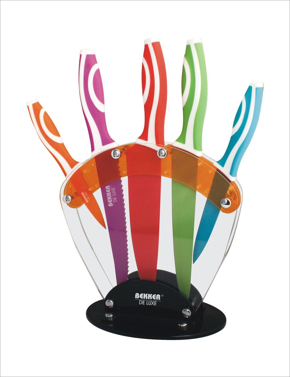 Набор ножей Bekker De Luxe, 6 предметов. BK-8435BK-8435Набор ножей Bekker De Luxe включает: нож поварской, нож для хлеба, нож для тонкой нарезки, нож универсальный, нож для очистки, подставка для ножей. Лезвия ножей изготовлены из высококачественной нержавеющей стали с цветным покрытием Xynflon, ручки изготовлены из пищевого пластика. Ножи удобно размещаются на акриловой подставке. Такой набор не оставит равнодушной ни одну хозяйку. Можно мыть в посудомоечной машине. Длина ножа поварского: 33,3 см. Длина лезвия ножа поварского: 21,1 см. Длина ножа для тонкой нарезки: 32,9 см. Длина лезвия ножа для тонкой нарезки: 20,6 см. Длина ножа для хлеба: 32,5 см. Длина лезвия ножа для хлеба: 20,1 см. Длина универсального ножа: 23,2 см. Длина лезвия универсального ножа: 12,7 см. Длина ножа для очистки: 19,5 см. Длина лезвия ножа для очистки: 9 см. Размер подставки (ДхШхВ): 23 см х 12 см х 24 см.