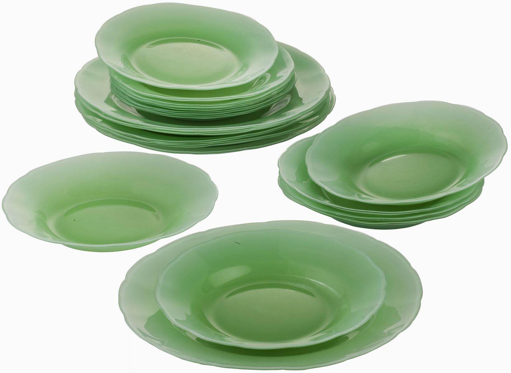 Сервиз обеденный Bekker Koch, 18 предметов, цвет: зеленый. BK-9904BK-9904Обеденный сервиз Bekker Koch, изготовленный из высококачественного стекла, состоит из 6 суповых тарелок, 6 обеденных тарелок и 6 десертных тарелок. Такой сервиз придется по вкусу любителям классики, и тем, кто предпочитает утонченность и изысканность. Набор эффектно украсит стол к обеду, а также прекрасно подойдет для торжественных случаев. Не рекомендуется мыть в посудомоечной машине.