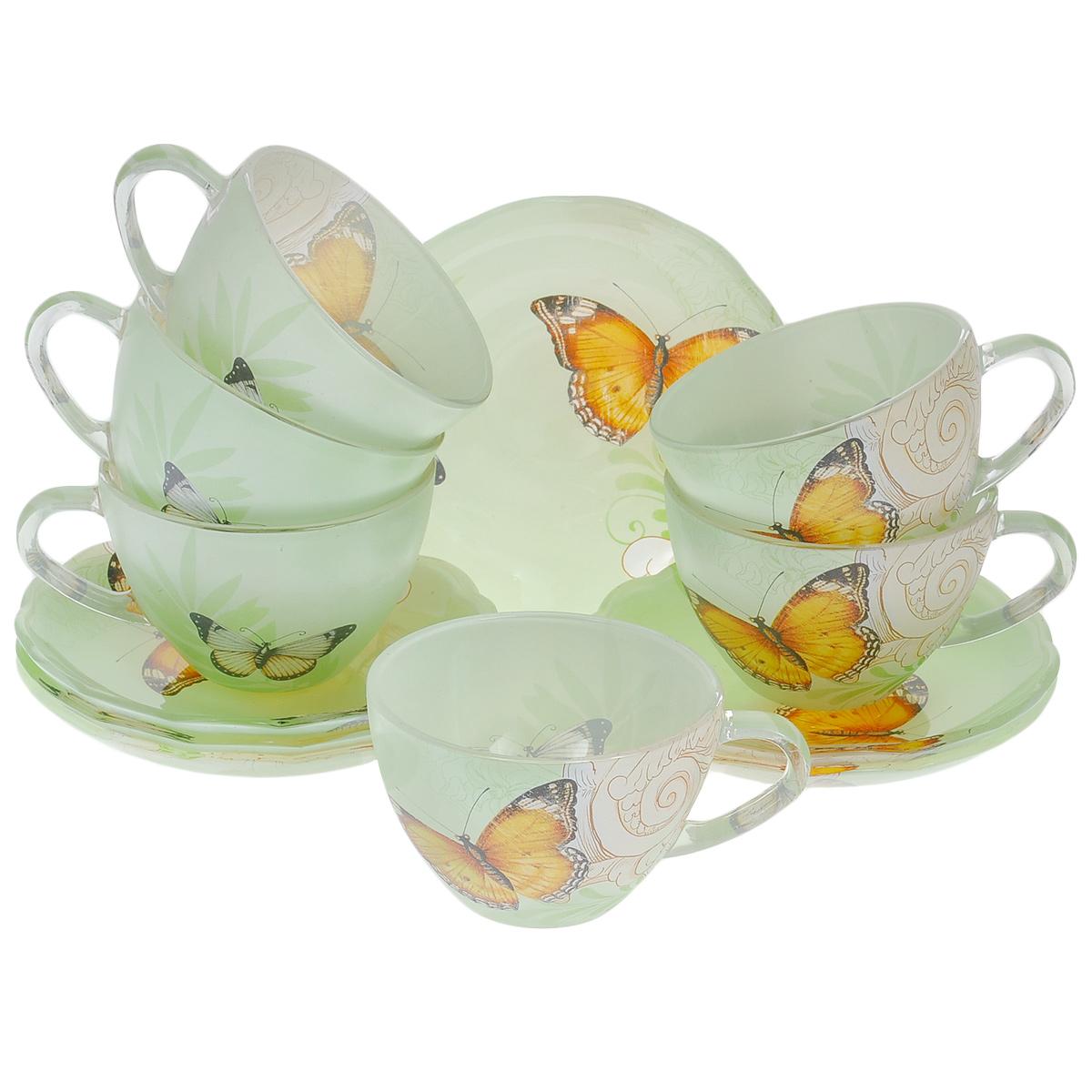 Набор посуды Бабочки, 12 предметов10101-12Набор посуды состоит из 6 блюдец и 6 чашек. Изделия выполнены из высококачественного стекла и оформлены изображением бабочек. Этот набор эффектно украсит стол, а также прекрасно подойдет для торжественных случаев. Красочность оформления придется по вкусу и ценителям классики, и тем, кто предпочитает утонченность и изящность.