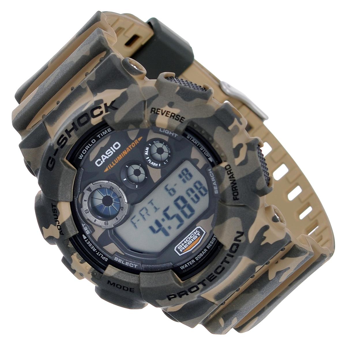 Часы мужские наручные Casio G-Shock, цвет: серый, камуфляж. GD-120CM-5EGD-120CM-5EСтильные часы G-Shock от японского брэнда Casio - это яркий функциональный аксессуар для современных людей, которые стремятся выделиться из толпы и подчеркнуть свою индивидуальность. Часы выполнены в спортивном стиле. Корпус имеет ударопрочную конструкцию, защищающую механизм от ударов и вибрации. Циферблат подсвечивается светодиодной автоматической подсветкой. При движении руки дисплей освещается ярким светом. Ремешок из мягкого пластика имеет классическую застежку. Основные функции: - 5 будильников, один из которых с функцией Snooze, ежечасный сигнал; - автоматический календарь (число, месяц, день недели, год); - сплит-хронограф; - секундомер с точностью показаний 1/100 с, время измерения 24 часа; - 12-ти и 24-х часовой формат времени; - таймер обратного отсчета от 1 мин до 24 ч; - мировое время; - функция включения/отключения звука. Часы упакованы в...