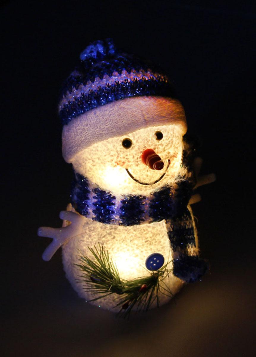 Новогодняя декоративная фигурка Kosmos Снеговик, с подсветкой, высота 16 смKOCNL-EL119
