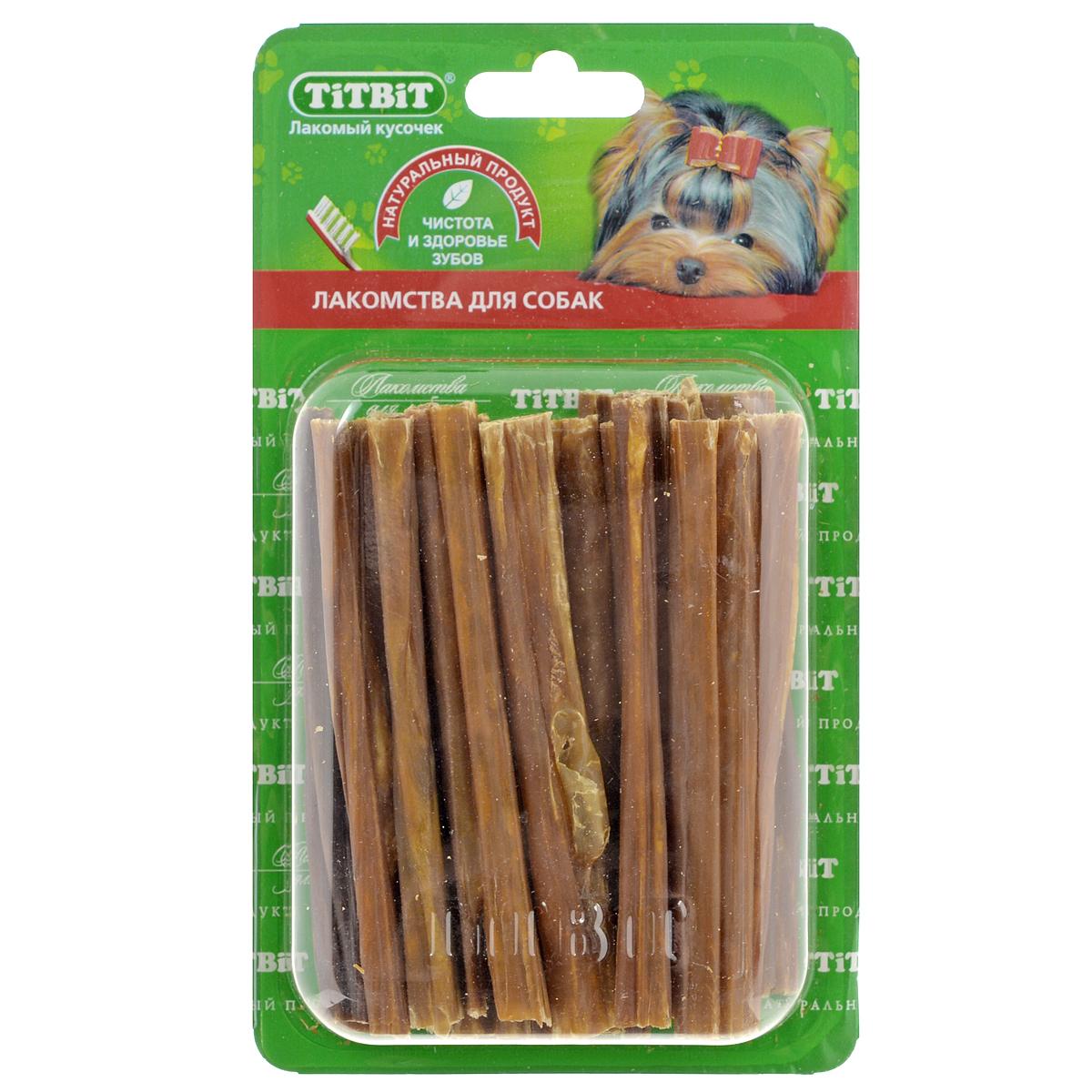 Лакомство для собак Titbit, кишки говяжьи, длина 11 см4687Лакомство для собак Titbit изготовлено из высушенных говяжьих кишков. Упаковка содержит 12-16 штук длиной 11 см. Легкоусвояемое лакомство, богатое витаминами и ферментами микрофлоры кишечника крупного рогатого скота. Имеют большую энергетическую ценность из-за повышенного содержания жира. Богаты протеинами, которые содержат все незаменимые аминокислоты и потому усваиваются на 90-95%. Содержат минеральные вещества в большем количестве, чем все остальные продукты (в том числе кальций, магний и фосфор), жирорастворимые витамины, а также водорастворимые витамины. Рекомендации к применению: Очищает зубы у мелких пород собак, продукт полезен для стимуляции пищеварения. Рекомендовано для профилактики витаминного и ферментного дефицита у собак всех пород. Кишки - лакомства очень концентрированные, насыщенные ферментами и богатые жиром. Они не предназначены для частого применения (2, максимум 3 раза в неделю при хорошей переносимости, а также в зависимости от рациона собаки). По той же...