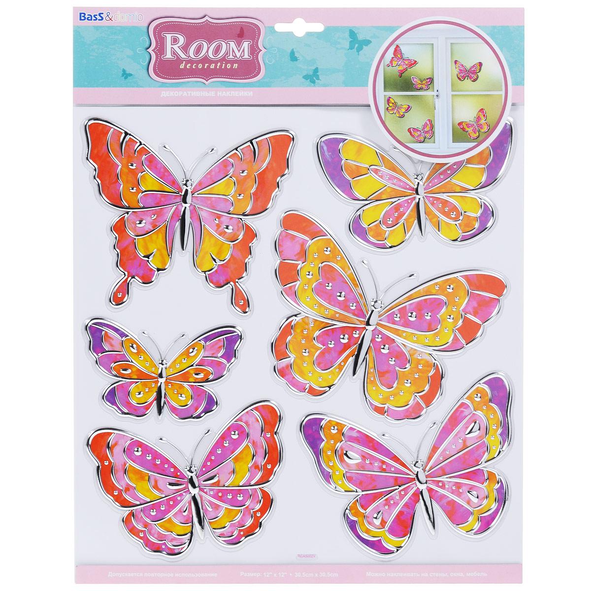 Наклейки для интерьера Room Decoration Витражные бабочки, 30,5 см х 30,5 смRCA5002Наклейки для стен и предметов интерьера Room Decoration Витражные бабочки, изготовленные из экологически безопасной самоклеящейся виниловой пленки - это удивительно простой и быстрый способ оживить интерьер помещения. На одном листе расположены 6 наклеек в виде цветов и разноцветных бабочек с серебристыми вставками. Интерьерные наклейки дадут вам вдохновение, которое изменит вашу жизнь и поможет погрузиться в мир ярких красок, фантазий и творчества. Для вас открываются безграничные возможности придумать оригинальный дизайн и придать новый вид стенам и мебели. Наклейки абсолютно безопасны для здоровья. Они быстро и легко наклеиваются на любые ровные поверхности: стены, окна, двери, кафельную плитку, виниловые и флизелиновые обои, стекла, мебель. При необходимости удобно снимаются, не оставляют следов и не повреждают поверхность (кроме бумажных обоев). Наклейки Room Decoration Витражные бабочки помогут вам изменить интерьер вокруг себя: в детской ...