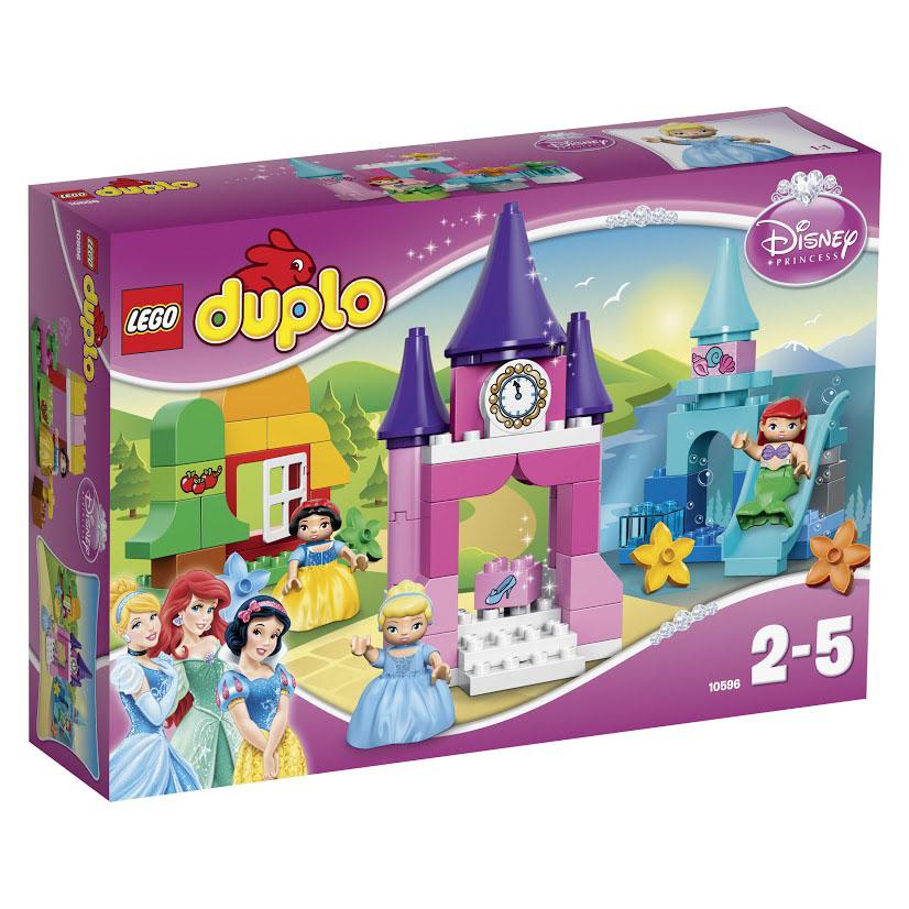LEGO DUPLO Конструктор Коллекция Принцесса Диснея 1059610596Встречайте очаровательных принцесс Дисней: Золушку, Ариэль и Белоснежку. Постройте королевский замок и доставьте Золушку на бал. Но не забывайте смотреть на часы! Соберите подводный мир и прокатитесь вместе с Ариэль на отличной водяной горке. Постройте уютный домик семи гномов и проведите день в лесу, собирая яблоки вместе с Белоснежкой. Играйте и придумывайте новые истории с принцессами. Этот красочный игровой набор содержит 63 пластиковых элемента для сборки, 3 фигурки и инструкцию по сборке. Конструктор - это один из самых увлекательнейших и веселых способов времяпрепровождения. Ребенок сможет часами играть с конструктором, придумывая различные ситуации и истории. В процессе игры с конструкторами LEGO дети приобретают и постигают такие необходимые навыки как познание, творчество, воображение. Обычные наблюдения за детьми показывают, что единственное, чему они с удовольствием посвящают время - это игры. Игра - это состояние души, это веселый опыт познания...