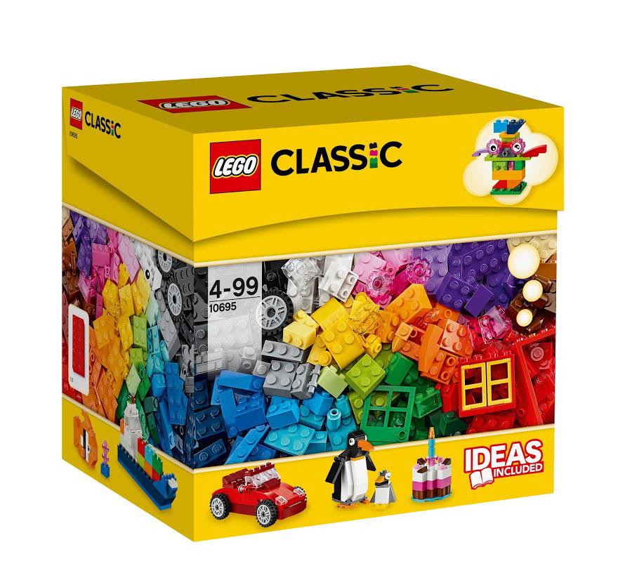 LEGO Classic Конструктор Набор для веселого конструирования 1069510695Дайте волю фантазии с этим набором кубиков LEGO 37 разных цветов! Независимо от того, являетесь ли вы большим специалистом с творческой жилкой или лишь делаете первые шаги в конструировании, специальные детали, включая дверь, окно, колеса, глаза и ротор вдохновят вас на создание своей ни на что не похожей модели! Этот набор служит прекрасным дополнением к любой имеющейся коллекции LEGO. Не знаете с чего начать? Воспользуйтесь инструкцией с идеями и рекомендациями дизайнеров. Этот набор идеально дополнит любой уже имеющийся набор LEGO. Этот красочный игровой набор содержит 580 пластиковых элементов для сборки и инструкцию по сборке. Конструктор - это один из самых увлекательнейших и веселых способов времяпрепровождения. Ребенок сможет часами играть с конструктором, придумывая различные ситуации и истории. В процессе игры с конструкторами LEGO дети приобретают и постигают такие необходимые навыки как познание, творчество, воображение. Обычные наблюдения за детьми...