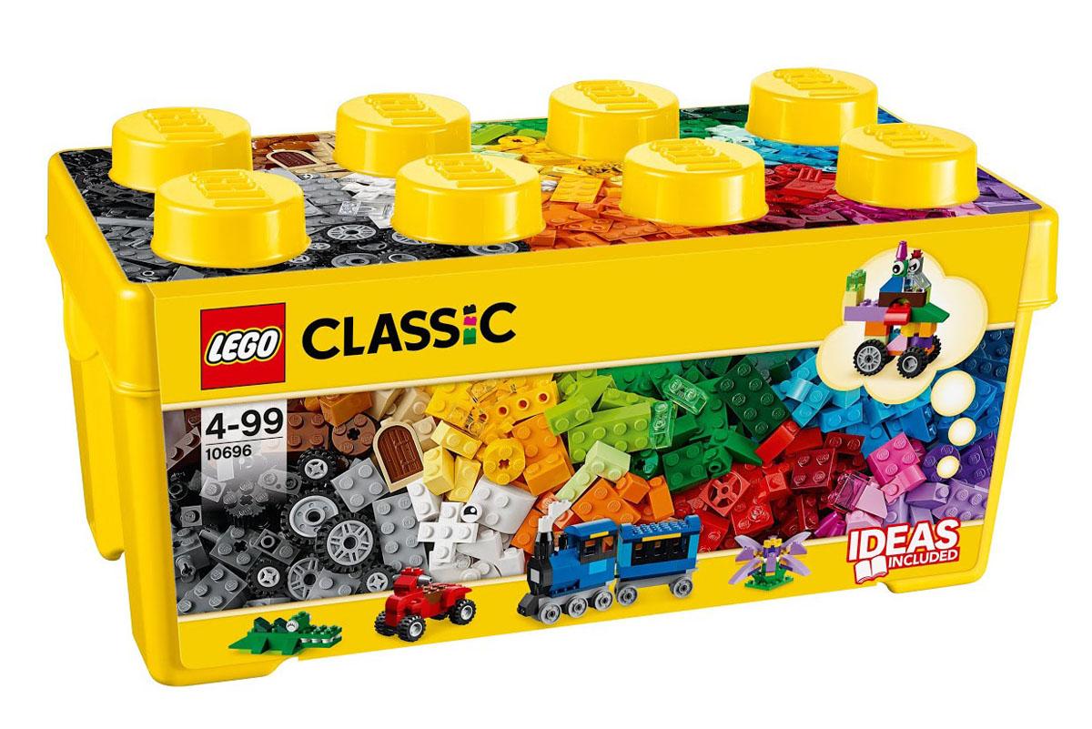 LEGO Classic Конструктор Классик 1069610696Тостер, поезд, привидение! Окунитесь с головой в этот среднего размера набор кубиков LEGO и дайте волю своему воображению! Бесконечные возможности для сборки из классических кубиков 35 разных цветов и специальных деталей, включая двери, окна, колеса, глаза, пропеллеры и отделитель кубиков. Если вы не знаете, с чего начать, вам помогут инструкции с идеями дизайнеров, от которых можно оттолкнуться. Это идеальный набор для начинающих строителей всех возрастов. Он также дополнит любую имеющуюся коллекцию LEGO. Этот красочный игровой набор содержит 484 пластиковых элемента для сборки и инструкцию по сборке. Конструктор - это один из самых увлекательнейших и веселых способов времяпрепровождения. Ребенок сможет часами играть с конструктором, придумывая различные ситуации и истории. В процессе игры с конструкторами LEGO дети приобретают и постигают такие необходимые навыки как познание, творчество, воображение. Обычные наблюдения за детьми показывают, что единственное, чему они с...