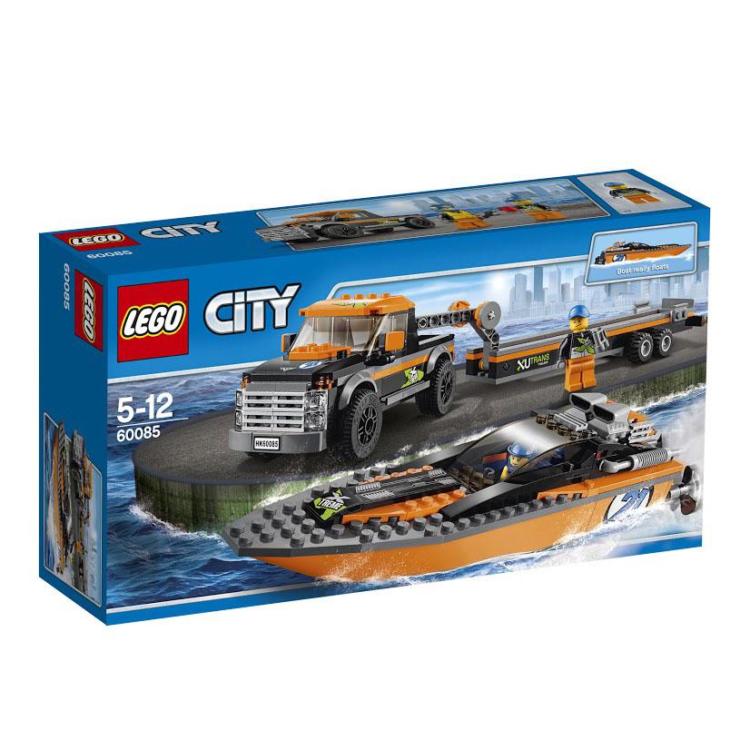 LEGO City Конструктор Внедорожник с гоночным катером 6008560085Проводится чемпионат по гонкам моторных катеров. Помоги команде участвовать в гонках. Садись в мощную полноприводную машину, заводи и отправляйся к берегу. Этот огромный оранжево-черный гоночный катер с затемненной кабиной и мощным подвесным поворотным мотором претендует на победу. Это будет великолепный день гонки катеров! Этот красочный игровой набор содержит 301 яркий пластиковый элемент для сборки, 2 фигурки и инструкцию по сборке. Конструктор - это один из самых увлекательнейших и веселых способов времяпрепровождения. Ребенок сможет часами играть с конструктором, придумывая различные ситуации и истории. В процессе игры с конструкторами LEGO дети приобретают и постигают такие необходимые навыки как познание, творчество, воображение. Обычные наблюдения за детьми показывают, что единственное, чему они с удовольствием посвящают время - это игры. Игра - это состояние души, это веселый опыт познания реальности. Играя, дети создают собственные миры, осваивают их,...