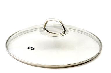 Крышка стеклянная Fissler, серии Black Edition, 28 см593182861Крышка изготовлена из натрий-кальций-силикатного стекла. Горячую крышку НЕ класть на холодную мокрую поверхность и НЕ подставлятье под холодную воду. Мыть жидким моющим средством, без применения абразивных веществ и металлических губок. После мытья вытереть на сухо воизбежание появления пятен на поверхности крышки.