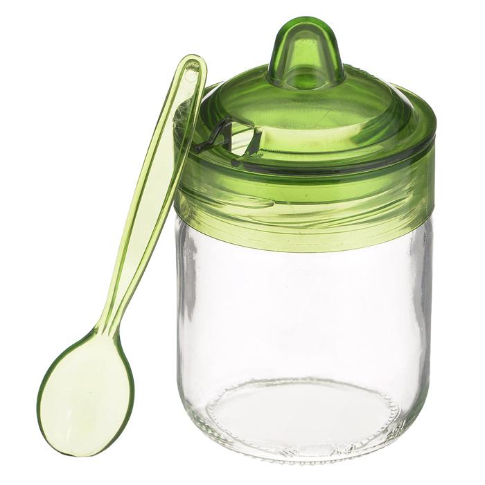 Банка для сыпучих продуктов Herevin Венеция, с ложечкой, цвет: зеленый, 200 мл. S131505S131505Банка для сыпучих продуктов Herevin Венеция изготовлена из прочного стекла. Банка оснащена плотно закрывающейся пластиковой крышкой с термоусадкой. Благодаря этому внутри сохраняется герметичность, и продукты дольше остаются свежими. Изделие предназначено для хранения различных сыпучих продуктов: круп, чая, сахара, орехов и т.д. Особенно прекрасно банка подойдет для специй. В комплекте - пластиковая ложечка, с помощью которой вы с легкостью сможете достать содержимое. Функциональная и вместительная, такая банка станет незаменимым аксессуаром на любой кухне. Можно мыть в посудомоечной машине. Пластиковые части рекомендуется мыть вручную. Объем: 200 мл. Диаметр (по верхнему краю): 6,5 см. Высота банки (без учета крышки): 8,5 см. Длина ложечки: 11,5 см.