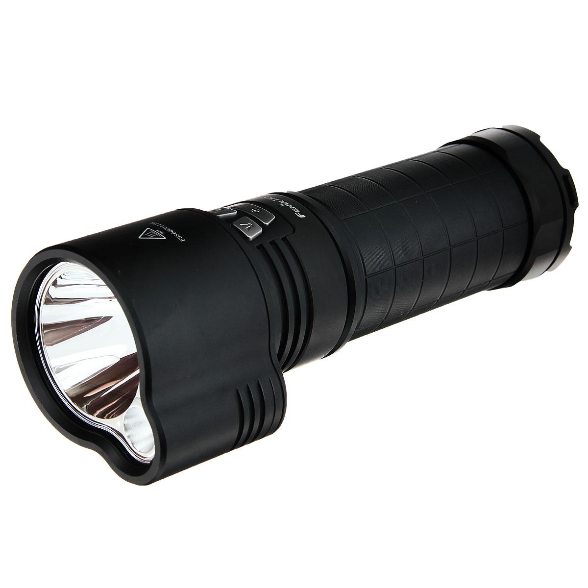 Фонарь Fenix TK51TK51Фонарь ТК51 — идеальное решение для широкоформатного освещения. Два независимых друг от друга светодиода Cree XM-L2(U2) в отдельных гладких отражателях позволяют комбинировать дальнобойный свет и боковую засветку с различными режимами яркости, и в совокупности выдают световой поток максимальной мощностью в 1800 люмен на расстояние 425 м. Для полного контроля над освещением Fenix ТК51 оснащен индивидуальной системой управления, позволяющей одной кнопкой мгновенно активировать строб- и турбо режим даже при выключенном фонаре. Ближний и дальнобойный свет регулируется отдельными кнопками в боковой части корпуса. Супер яркий панорамный и дальнобойный свет ТК51 ХМ-L2(U2) обеспечивается всего лишь тремя 18650 Li-ионными элементами питания. Возможность независимого использования каждого светодиода на различных уровнях яркости значительно экономит ресурс батарей. Время работы фонаря в турбо режиме на одном светодиоде (900 люмен) составляет 3 часа 30 минут, при использовании двух...