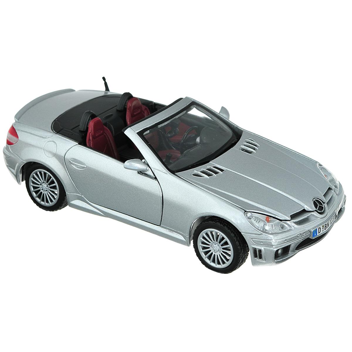Коллекционная модель MotorMax Mercedes Benz SLK55 АMG, цвет: серебристый. Масштаб 1/24silver/ast73292Коллекционная модель MotorMax Mercedes Benz SLK55 АMG станет хорошим подарком для любого ценителя автомобилей. Она имеет отличную детализацию и является уменьшенной копией настоящей машины. Стильный родстер Mercedes Benz SLK AMG с великолепным дизайном, отражающим динамику и роскошь, - выбор, свидетельствующий о хорошем вкусе. Подчеркнуть это поможет вам качественная масштабная модель от MotorMax. Она проработана с точностью до мельчайших деталей: рассмотрите приборную панель и двигатель, рычаг переключения скоростей. У модели открываются двери и капот, а также поворачиваются колеса. Корпус миниатюрного мерседеса отлит из металла по технологии die cast. Салон и некоторые элементы созданы из пластика, а колеса обуты в резиновые шины.