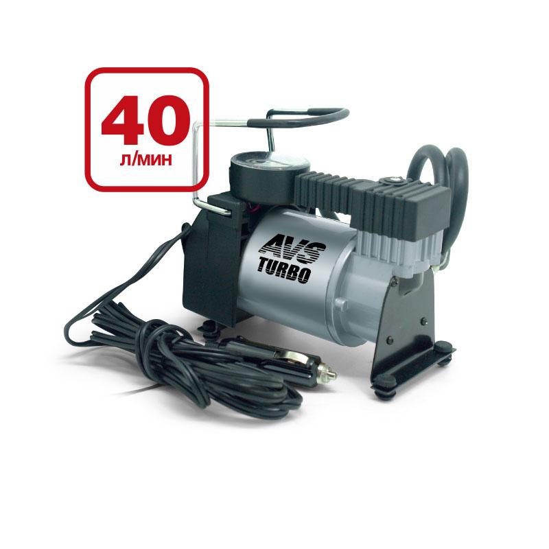 Компрессор автомобильный AVS KA58043001Автомобильный компрессор AVS KA580 предназначен для накачки воздухом шин легковых и коммерческих автомобилей. Рабочее напряжение компрессора - 12В. Высокая производительность делает возможным более широкое применение. Автомобильный компрессор может быть использован для накачки мячей, матрасов, проведения покрасочных работ. Преимущества: Высокотехнологичная сборка (основные детали сделаны из нержавеющей стали). Высокоточный двухшкальный манометр. Резиновые ножки. Автоматическая система защиты от перегрева. Набор насадок и сумка для хранения в комплекте. Максимальный ток потребления: 14 А. Напряжение: 12В. Максимальное давление: 10 Атм. Производительность: 40 л/мин. Рабочая температура: от -35°С до +80°С. Масса: 1,9 кг.
