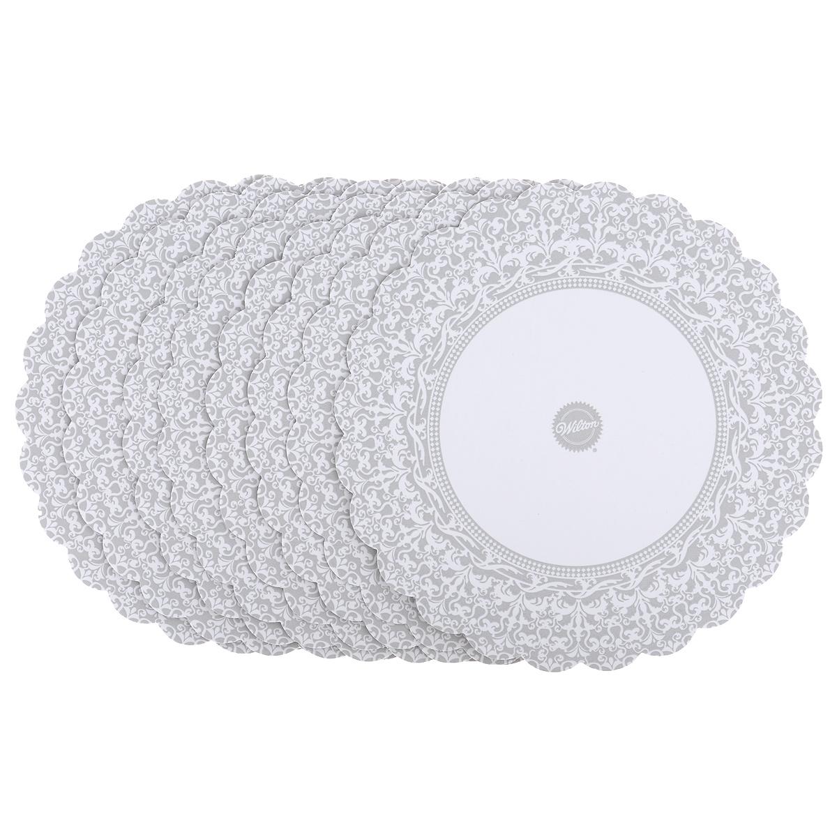 Основа для торта Wilton, круглая, цвет: серебристый, диаметр 30 см, 8 шт. WLT-2104-1176WLT-2104-1176Набор специальных салфеток под торт Wilton выполнен из плотного гофрокартона с жироустойчивым покрытием. Кружевной край создаст красивое обрамление и основу торту.