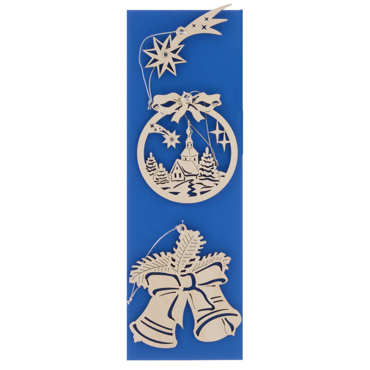 Набор новогодних подвесных украшений Караван-СТ, 3 предмета. Н-35Н-35Набор Караван-СТ состоит из 3 подвесных украшений, выполненных из экологичного шпона ценных пород древесины с применением лазерной резки. Оригинальные новогодние украшения в виде шара, звезды и колокольчиков прекрасно подойдут для праздничного декора дома и новогодней ели. С помощью специальной петельки их можно повесить в любом понравившемся вам месте. Но, конечно, удачнее всего такие игрушки будут смотреться на праздничной елке. Елочная игрушка - символ Нового года и Рождества. Она несет в себе волшебство и красоту праздника. Создайте в своем доме атмосферу веселья и радости, украшая новогоднюю елку нарядными игрушками, которые будут из года в год накапливать теплоту воспоминаний. Средний размер украшения: 8 см х 9 см х 0,4 см.