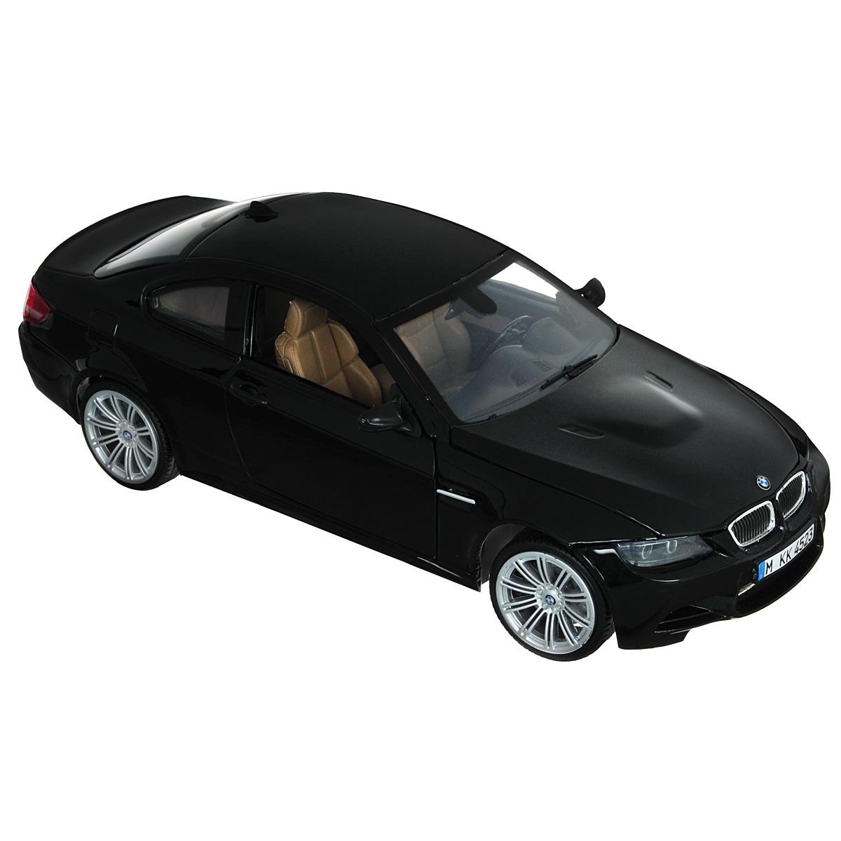 MotorMax Модель автомобиля BMW M3 Coupe цвет черныйblack_matt/ast73182Коллекционная модель MotorMax BMW M3 Coupe станет хорошим подарком для любого ценителя автомобилей. Агрессивный и практичный автомобиль, изготовленный немецким концерном BMW, славящимся своей педантичностью в проработке деталей, не нуждается в представлении. Различные модификации BMW M3 нашли широкое отражение даже в компьютерной игре Need for Speed, появившись сразу в нескольких играх серии. Модель BMW M3 Coupe изготовлена брендом MOTORMAX с не меньшим вниманием к деталям, чем у ее прототипа. В совершенстве воспроизведены разнообразные элементы интерьера и «начинки» авто, включая приборную панель и двигатель в моторном отсеке. У автомобиля открываются двери и капот, поворачиваются колеса. Для изготовления корпуса машинки использован литой металл (die cast) с пластиковыми элементами, а еще у этого автомобиля шины из настоящей резины. Модель помещена на пластиковую подставку с оригинальным названием машины. Эта игрушка станет великолепным подарком...
