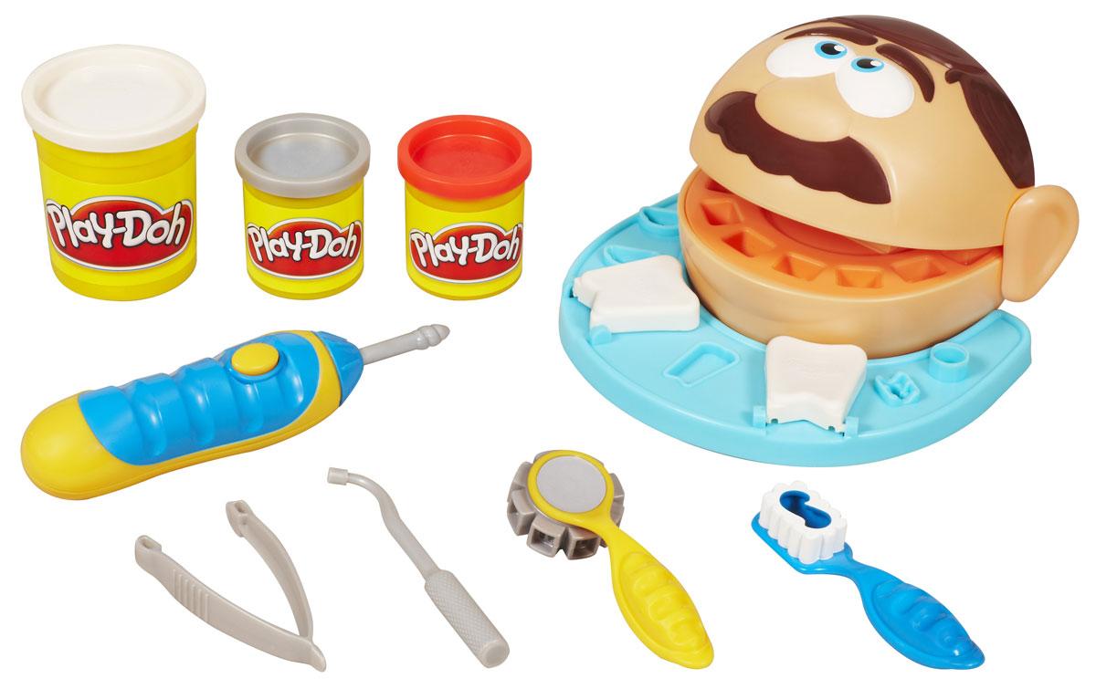 Play-Doh Игровой набор Мистер Зубастик, с пластилиномB5520EU4Игровой набор с пластилином Play-Doh Мистер Зубастик привлечет внимание вашего ребенка и подарит ему массу положительных эмоций. Малыш сможет почувствовать себя настоящим стоматологом, ведь в набор входит все необходимое для работы специалиста! Набор включает три баночки с пластилином белого, серого и красного цветов, игровую основу, выполненную в форме головы пациента, электронную бормашину, пинцет, зубную щетку и стоматологические инструменты. С помощью пластилина Play-Doh и собственного воображения можно лепить зубы и ставить брекеты, чтобы у ваших пациентов была идеальная улыбка! У пациента дырка в зубе? Поставьте пломбу, используя бормашину со звуковыми эффектами! И не забудьте почистить зубы! Пластилин, входящий в набор, обладает отличными пластичными свойствами, хорошо размягчается и не липнет к рукам. Игра с таким набором поможет малышу развить воображение, координацию и мелкую моторику рук. Порадуйте его таким замечательным подарком! ...