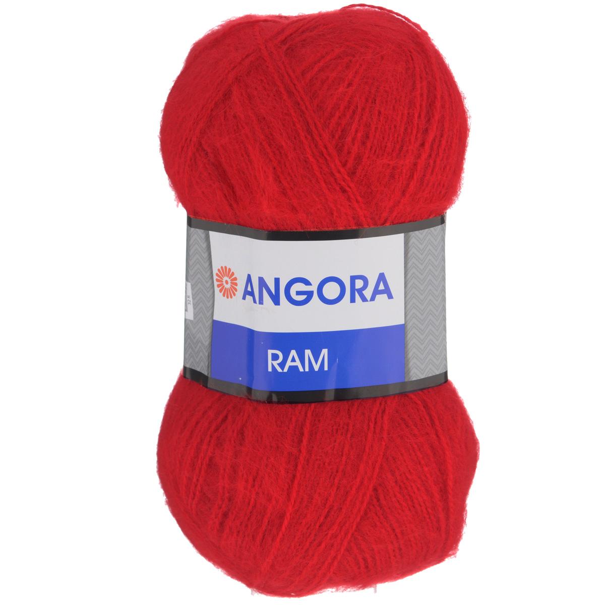 Пряжа для вязания YarnArt Angora Ram, цвет: алый (156), 500 м, 100 г, 5 шт372037_156Пряжа для вязания YarnArt Angora Ram изготовлена из натурального мохера с добавлением акрила. Пряжа из такого материала обладает повышенной прочностью и эластичностью, а изделия получаются теплые и уютные. Скрутка нити плотная, равномерная, не расслаивается, не путается, хорошо скользит по спицам, вяжется очень легко. Петли выглядят аккуратно, а натуральный мохер обеспечивает теплоту, легкость и превосходный внешний вид. Нить можно комбинировать с полушерстяными пряжами для смягчения рисунка, придания благородной пушистости фактуре нити, а также для улучшения тепловых характеристик. Благодаря содержанию синтетических волокон, изделия из YarnArt Angora Ram устойчивы к скатыванию, а благодаря своей мягкости такая пряжа подходит для детских вещей. Ажурные вещи сохраняют тепло не хуже плотного вязания, оставаясь легкими и объемными. Рекомендуемый размер спиц: №4. Примерный расход пряжи на джемпер: S - 400 г, M - 500 г, L - 600 г. Состав: 40%...