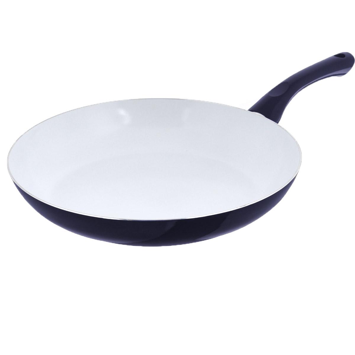 Сковорода Bekker, с антипригарным покрытием, цвет: темно-синий. Диаметр 30 см. BK-3705BK-3705Сковорода Bekker изготовлена из алюминия с внутренним антипригарным керамическим покрытием. Благодаря этому пища не пригорает и не прилипает к стенкам. Готовить можно с минимальным количеством масла и жиров. Гладкая поверхность обеспечивает легкость ухода за посудой. Внешнее покрытие - цветной жаростойкий лак. Изделие оснащено удобной бакелитовой ручкой, которая не нагревается в процессе готовки. Сковорода подходит для использования на всех типах кухонных плит, кроме индукционных, а также ее можно мыть в посудомоечной машине.