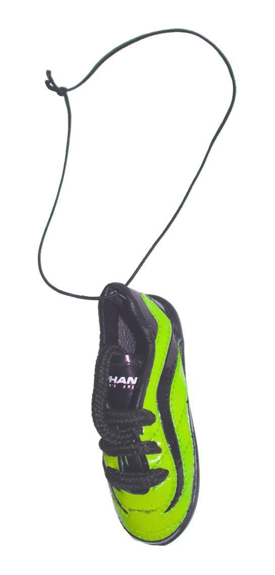 Ароматизатор Phantom Бутсы футбольные, морской бриз3168Еще один продукт для футбольных болельщиков - яркие бутсы! Сшиты как настоящая обувь спортсмена, прошивки, шнурки - уменьшенная копия реальных бутс. Наполнены ароматическим волокном, позволяющим удерживать запах в течение длительного времени.