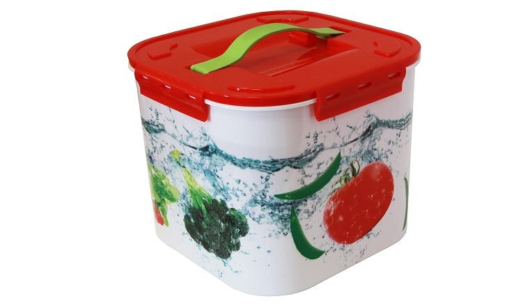 Контейнер для хранения Idea Овощи, 7 лМ 2822Контейнер для хранения Idea Овощи выполнен из прочного полипропилена. Он идеально подойдет для хранения пищевых продуктов, а также любых мелких бытовых предметов: канцелярии, принадлежностей для шитья и многого другого. Для удобства переноски сверху имеется ручка. Контейнер Idea Овощи очень вместителен, он пригодится в любом хозяйстве. Объем контейнера: 7 л.