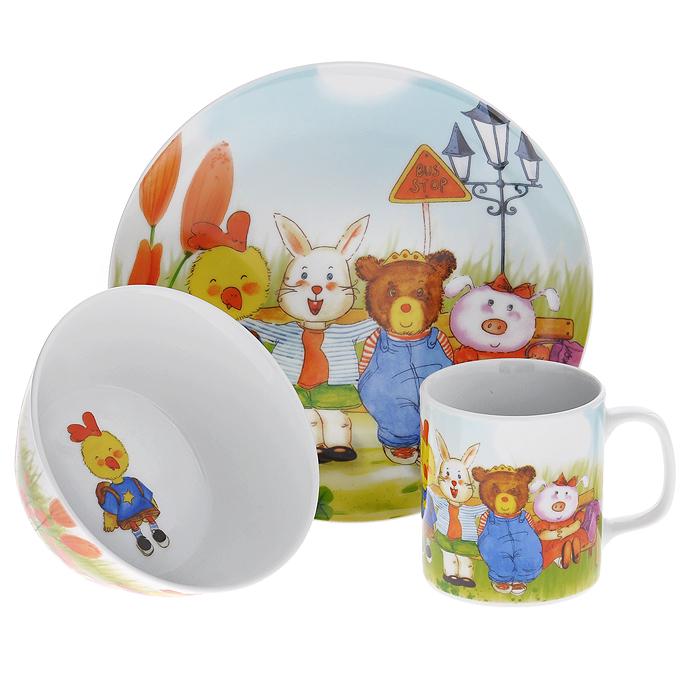 Набор детской посуды Legendale, 3 предмета. SHS4436SHS4436Набор детской посуды Legendale состоит из тарелки, супницы и чашки. Предметы набора изготовлены из высококачественного фарфора белого цвета. Изделия оформлены красочным изображением зверят. Яркий красочный набор привлечет внимание ребенка и сделает завтраки и обеды веселым занятием. Кроме того, набор очень функционален, в нем есть вся необходимая посуда. Можно использовать в микроволновой печи и мыть в посудомоечной машине.