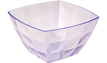 Салатник Idea Квадро, цвет: прозрачный, 750 млМ 1355Салатник Idea Квадро изготовлен из высококачественного пластика и предназначен для сервировки стола. В таком салатнике можно подать к столу конфеты, небольшие фрукты, различные салаты. Салатник Idea Квадро станет прекрасным дополнением к коллекции вашей кухонной посуды.