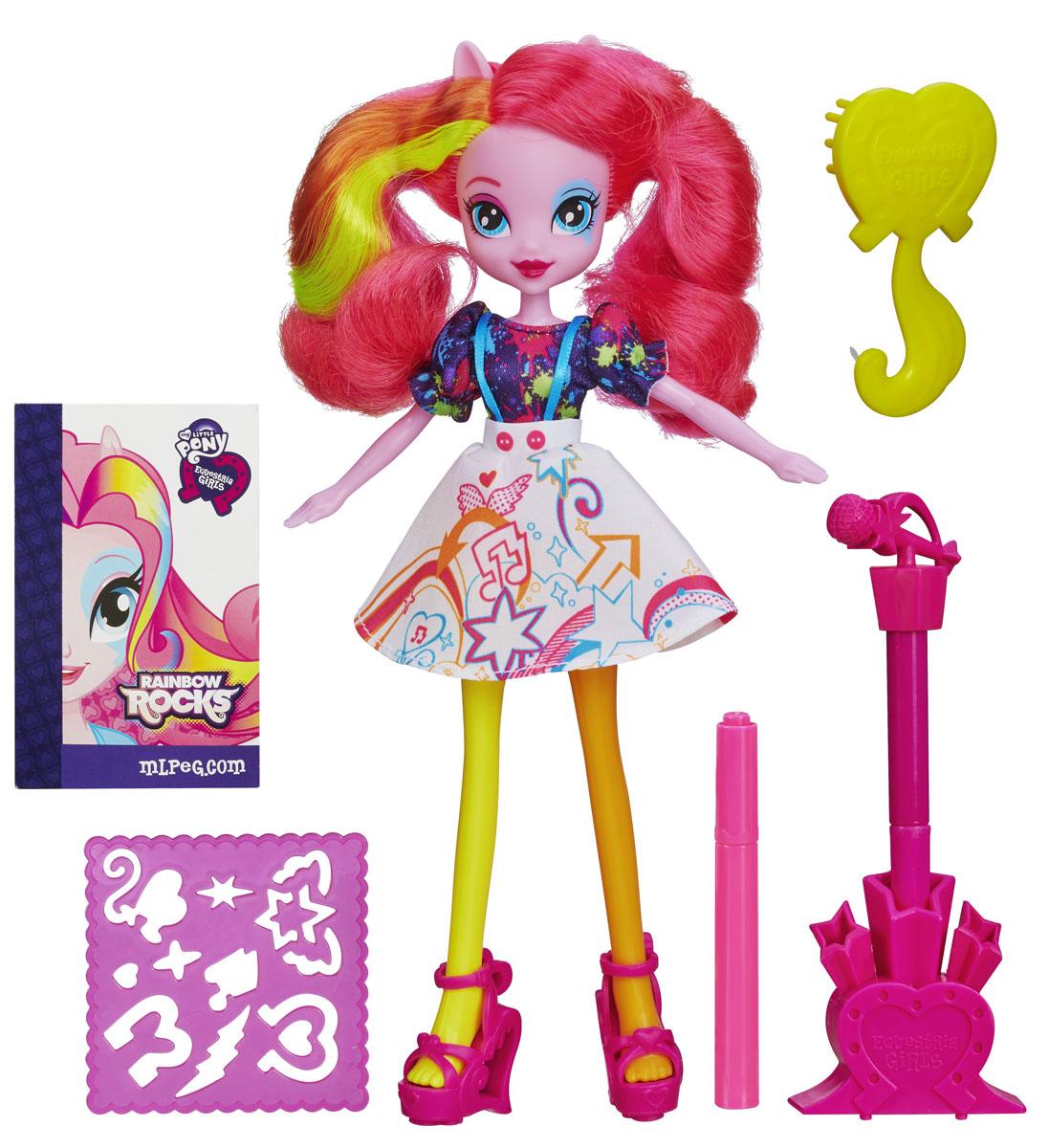 My Little Pony Кукла Пинки ПайB0688_A3995_SolidВосхитительная кукла My Little Pony Пинки Пай из мультфильма Equestria Girls непременно понравится вашей маленькой поклоннице My Little Pony. Куколка с длинными розовыми волосами с цветными прядками выглядит как настоящая рок-звезда. Она одета в яркое стильное платье, на ногах - розовые босоножки на высоком каблуке. Голова, руки и ноги куколки подвижны, что позволит придавать ей различные позы. В комплект также входят расческа, два фломастера, подставка под один из фломастеров с насадкой в виде микрофона и пластиковый трафарет для создания различных рисунков. Малышка сможет раскрасить платье Диджей Пони-3 по своему вкусу. Порадуйте своего ребенка таким замечательным подарком!