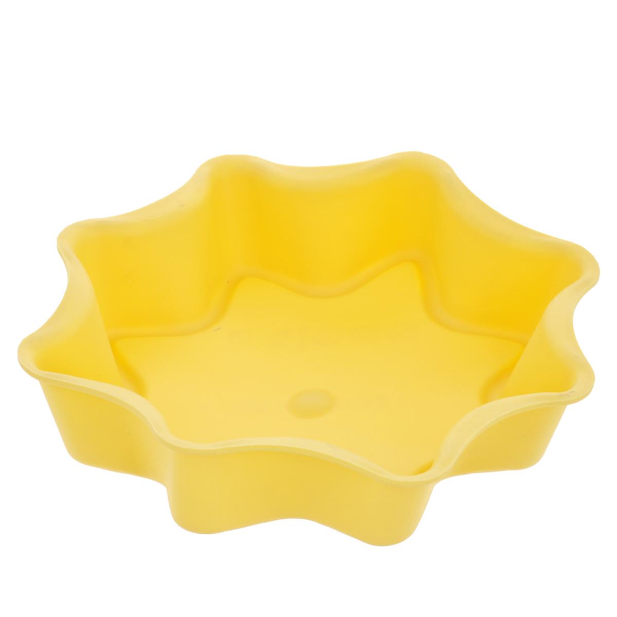 Форма для выпечки Tescoma Delicia Silicone, цвет: желтый, диаметр 28 см629274Форма Tescoma Delicia Silicone, выполненная в виде восьмиконечной звезды, будет отличным выбором для всех любителей выпечки. Благодаря тому, что форма изготовлена из силикона, готовую выпечку вынимать легко и просто. Форма прекрасно подходит для выпечки пирогов, тортов и других десертов. С такой формой вы всегда сможете порадовать своих близких оригинальной выпечкой. Материал изделия устойчив к фруктовым кислотам, может быть использован в духовках, микроволновых печах, холодильниках и морозильных камерах (выдерживает температуру от -40°C до 230°C). Антипригарные свойства материала позволяют готовить без использования масла. Можно мыть и сушить в посудомоечной машине. При работе с формой используйте кухонный инструмент из силикона - кисти, лопатки, скребки. Не ставьте форму на электрическую конфорку. Не разрезайте выпечку прямо в форме.
