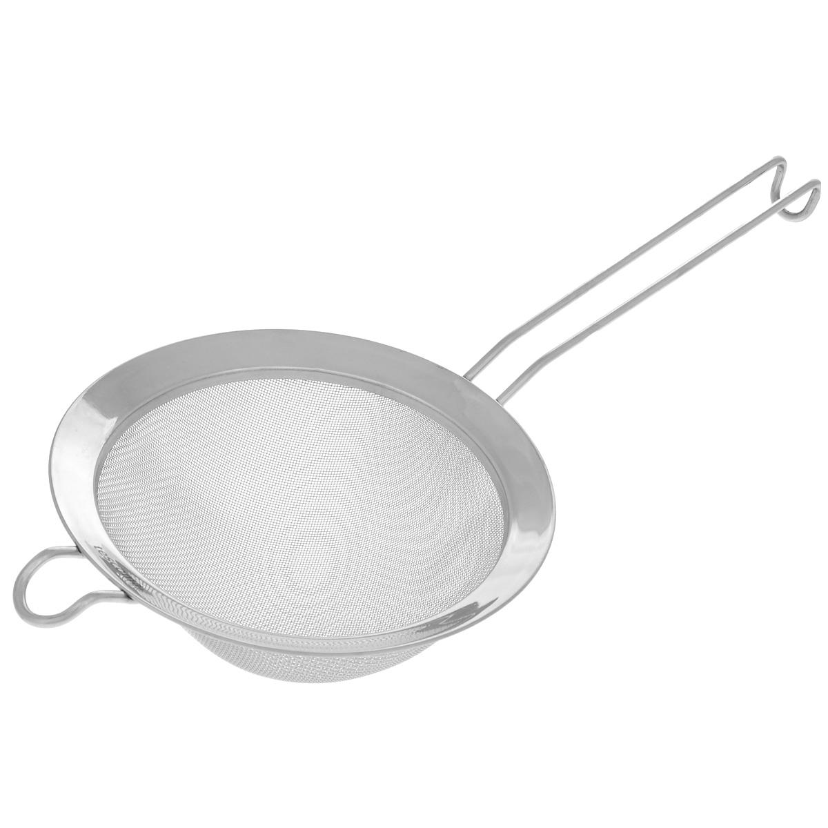 Сито Tescoma Chef, диаметр 16 см428050Сито Tescoma Chef, выполненное из высококачественной нержавеющей стали, станет незаменимым аксессуаром на вашей кухне. Удобная ручка-пруток не позволит выскользнуть изделию из вашей руки. Прочная стальная сетка и корпус обеспечивают изделию износостойкость и долговечность. Сито оснащено специальным ушком, за которое его можно подвесить в любом месте. Такое сито поможет вам процедить или просеять продукты и станет достойным дополнением к кухонному инвентарю. Можно мыть в посудомоечной машине.