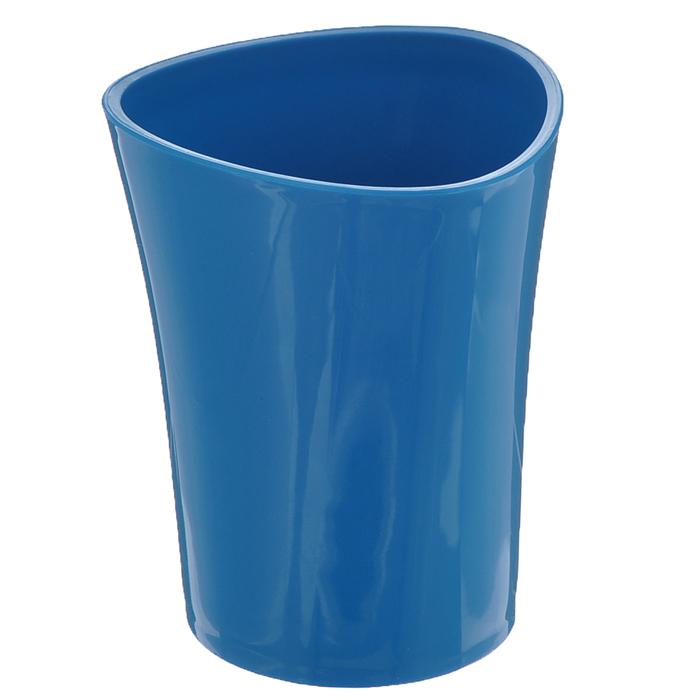 Стакан для зубных щеток Duschy Wiki Blue, цвет: синий, высота 10 см356-01Стакан для ванной комнаты Duschy Wiki White изготовлен из высококачественного пластика. В изделии удобно хранить зубные щетки, пасту и другие принадлежности. Такой аксессуар для ванной комнаты стильно украсит интерьер и добавит в обычную обстановку яркие и модные акценты. Размер стакана: 8 х 8 х 10 см.