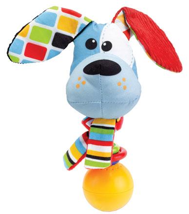 Развивающая игрушка-погремушка Yookidoo Щенок40134Мягкая развивающая игрушка-погремушка Щенок выполнена из текстильного материала различных цветов и фактур в виде забавного щенка с шарфом на шее. Голова игрушки крепится на подставку, на которую нанизаны три разноцветных колечка. Ушки и шарф щенка шуршат. Играть с такой погремушкой сплошное удовольствие! Если ее встряхнуть, она начинает воспроизводить различные звуковые эффекты, в том числе гавканье. В комплект входит пластиковое кольцо, благодаря которому игрушку легко можно прикрепить к кроватке, коляске, автокреслу или развивающему коврику. Игрушка работает от 3-х батареек 1,5 V типа AG 13 (входят в комплект). Игрушка-погремушка Щенок поможет ребенку в развитии цветового и звукового восприятия, концентрации внимания, мелкой моторики рук, координации движений и тактильных ощущений, улучшит хватательные навыки малыша, а также подарит отличное настроение.
