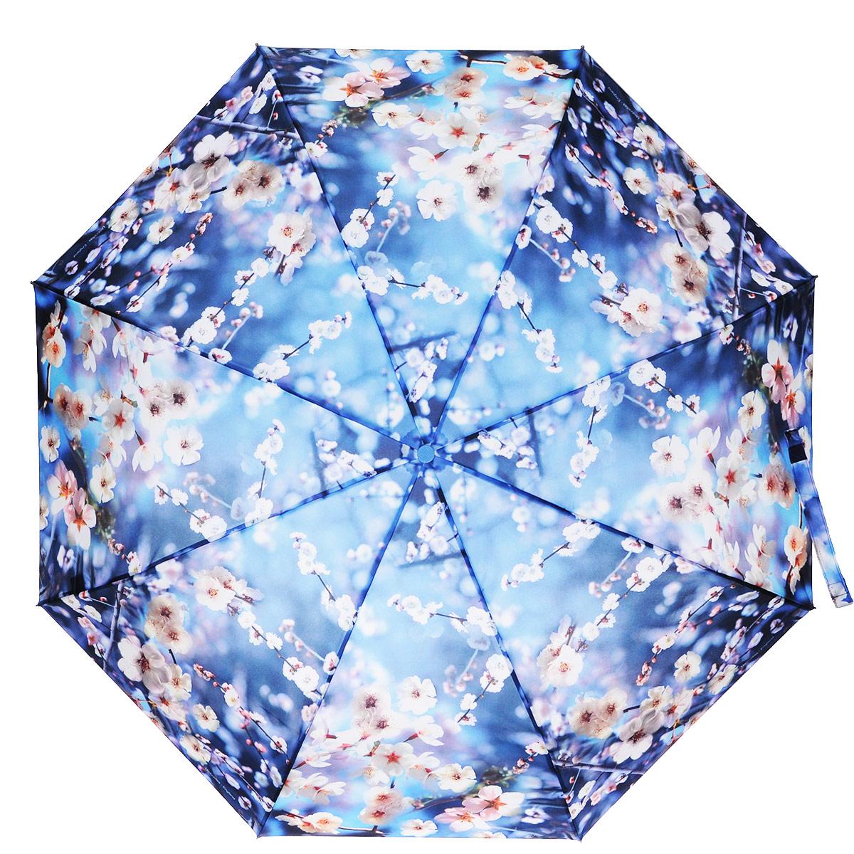 Зонт женский Zest, автомат, 3 сложения, цвет: синий, белый. 23995-117323995-1173Модный автоматический зонт Zest в 3 сложения изготовлен из высокопрочных материалов. Каркас зонта состоит из 8 спиц из фибергласса и прочного алюминиевого стержня. Специальная система Windproof защищает его от поломок во время сильных порывов ветра. Купол зонта выполнен из прочного полиэстера с водоотталкивающей пропиткой и оформлен цветочным принтом. Используемые высококачественные красители обеспечивают длительное сохранение свойств ткани купола. Рукоятка, разработанная с учетом требований эргономики, выполнена из пластика. Зонт имеет полный автоматический механизм сложения: купол открывается и закрывается нажатием кнопки на рукоятке, стержень складывается вручную до характерного щелчка. Благодаря этому открыть и закрыть зонт можно одной рукой, что чрезвычайно удобно при входе в транспорт или помещение. Небольшой шнурок, расположенный на рукоятке, позволяет надеть изделие на руку при необходимости. К зонту прилагается чехол. Такой зонт не только надежно защитит...
