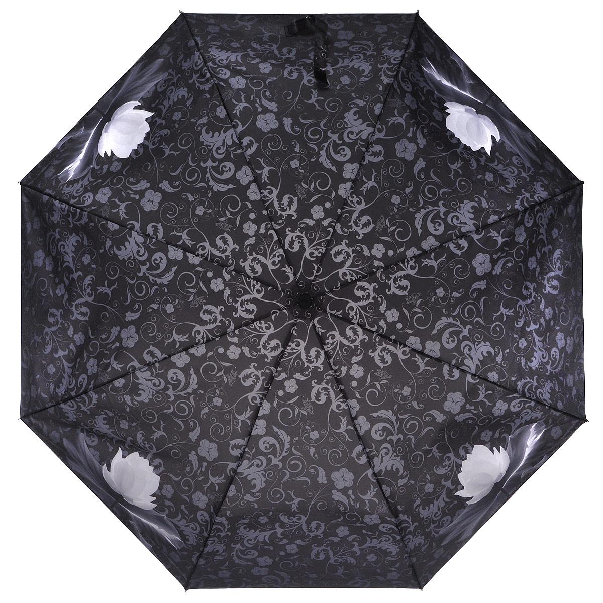 Зонт женский Zest, автомат, 3 сложения, цвет: черный. 23995-010823995-0108Элегантный автоматический зонт Zest в 3 сложения изготовлен из высокопрочных материалов. Каркас зонта состоит из 8 спиц из фибергласса и прочного алюминиевого стержня. Специальная система Windproof защищает его от поломок во время сильных порывов ветра. Купол зонта выполнен из прочного полиэстера с водоотталкивающей пропиткой и оформлен витиеватым растительным узором, а также изображением кувшинок. Используемые высококачественные красители обеспечивают длительное сохранение свойств ткани купола. Рукоятка, разработанная с учетом требований эргономики, выполнена из пластика. Зонт имеет полный автоматический механизм сложения: купол открывается и закрывается нажатием кнопки на рукоятке, стержень складывается вручную до характерного щелчка. Благодаря этому открыть и закрыть зонт можно одной рукой, что чрезвычайно удобно при входе в транспорт или помещение. Небольшой шнурок, расположенный на рукоятке, позволяет надеть изделие на руку при необходимости. К зонту прилагается...