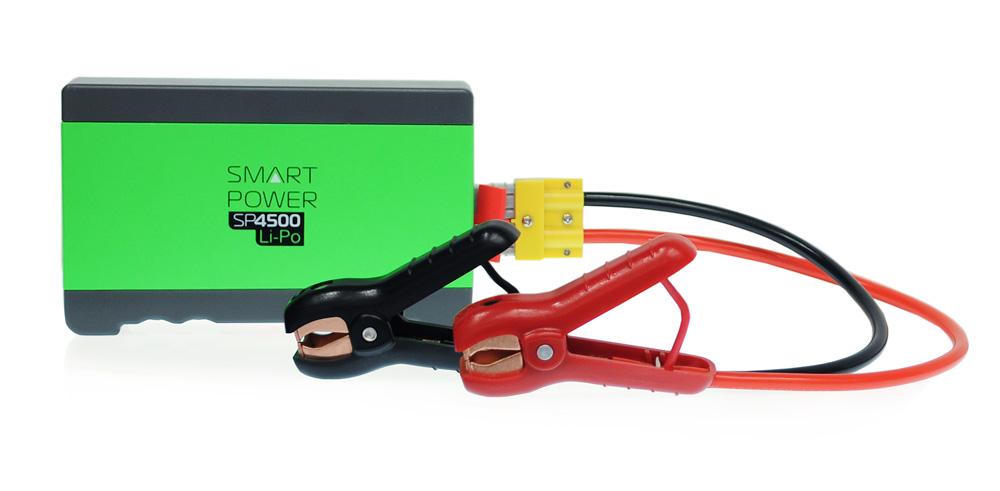 Пуско-зарядное устройство BERKUT SMART POWER SP-4500SP-4500Mодель: SP-4500 12 Вольт напряжение на клеммах 4500 мА*ч емкость батареи Lithium-ion Polymer тип батареи 405 А максимальный пусковой ток -30°С / +50°С диапазон температур для запуска Модель SMART POWER SP-4500 рекомендована для запуска бензиновых двигателей до 4000 куб.см и дизельных до 2400 куб.см Пуско-зарядные устройства SMART POWER - служат для аварийного запуска двигателей транспортных средств в экстренных ситуациях и случаях отказа штатного аккумулятора. Пуско-зарядные устройства SMART POWER - подходят для любых типов транспортных средств с напряжением бортовой сети 12 Вольт. Пуско-зарядные устройства SMART POWER - снабжены современной компактной литий-полимерной батареей с увеличенным ресурсом и сроком службы. Пуско-зарядные устройства SMART POWER - осуществляет до 10 запусков двигателя при полной зарядке. Пуско-зарядные устройства SMART POWER - снабжены медными силовыми проводами и зажимными клеммами с...