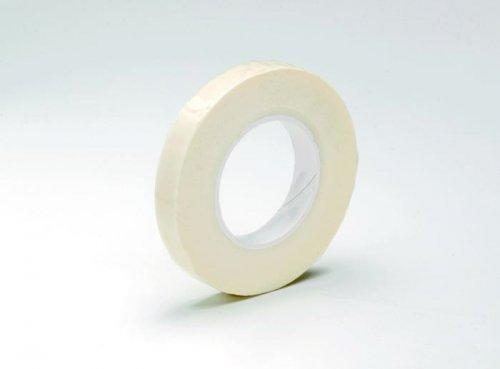 Лента флористическая Hobby Time, цвет: белый, ширина 1,3 мм, длина 28 м685217Флористическая лента Hobby Time - это тонкая эластичная лента в катушке с легким клеящим эффектом. Она липкая, тонкая, легкая, водонепроницаемая, хорошо растягивается. Лента бывает широкой и узкой. Широкая лента в основном используется для крепления к сосуду флористической губки, узкой лентой также иногда перекрещивается отверстие широкогорлового сосуда для закрепления растений. Флористическая лента может использоваться в квиллинге при изготовлении цветов на проволоке, конфетных деревьев, украшений из бисера, различного декора. В основном лента применяется для декорирования проволоки в букетах в соответствии с цветом букета. При намотке флористическую ленту необходимо немного натягивать, чтобы она лучше прилипала к стеблю цветка. Особенности флористической ленты: - Легко разглаживается и плотно прилегает к поверхности, - Принимает любую форму, - Позволяет продлить свежесть цветка, поэтому необходима при создании свадебных букетов и...