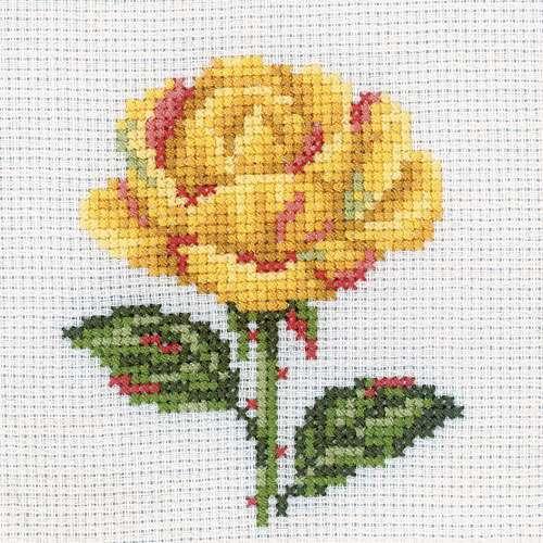 Набор для вышивания крестом RTO Желтая роза, 10 см х 10 см647491Набор для вышивания крестом RTO Желтая роза поможет вам создать свой личный шедевр - красивую вышитую картину. Рисунок выполняется в технике счетный крест. В наборе есть все необходимое. Вышивание отвлечет вас от повседневных забот и превратится в увлекательное занятие! Работа, сделанная своими руками, создаст особый уют и атмосферу в доме и долгие годы будет радовать вас и ваших близких, а подарок, выполненный собственноручно, станет самым ценным для друзей и знакомых. В набор входит: - канва белого цвета (ткань Aida 14, 100% хлопок, 5,5 клеток=1 см), - схема, - инструкция, - мулине DMC 100% хлопок (9 цветов), - игла.