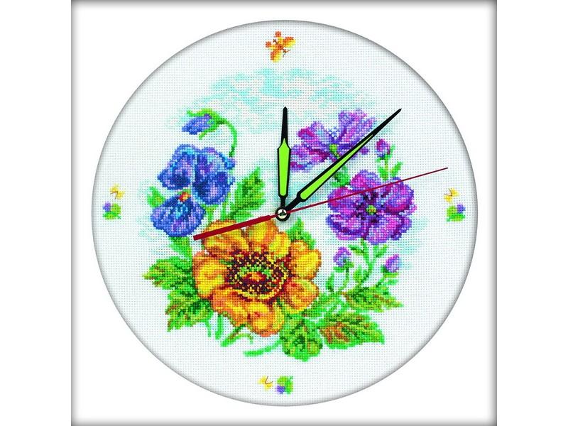 Набор для вышивания крестом РТО Цветочные часы, 30 х 30 см М40006677445Набор для вышивания поможет вам создать свой личный шедевр - оригинальные часы. Вышивка выполняется в технике крест. Работа, выполненная своими руками, станет отличным подарком для друзей и близких! Набор содержит: - канва Aida 14 (белая, без рисунка), 100% хлопок, - нитки мулине DMC, разобранные на органайзере (39 цветов), 100% хлопок, - игла для вышивания, - символьная схема, - механизм часов со стрелками, - инструкция на русском языке. Размер готовой работы: 30 см х 30 см.