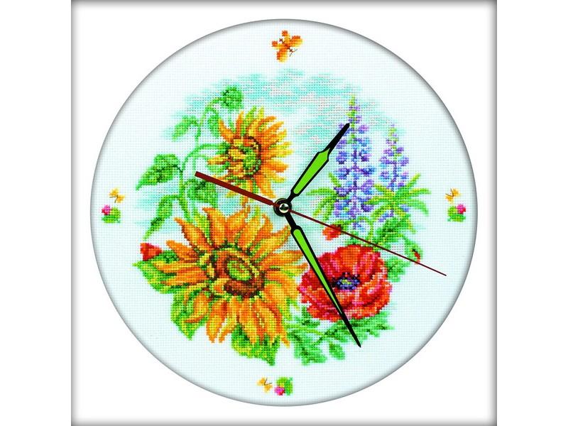 Набор для вышивания крестом РТО Цветочные часы, 30 см х 30 см. М40007677446Набор для вышивания крестом РТО Цветочные часы поможет вам создать свой личный шедевр - красивую картину, вышитую нитками мулине в технике счетный крест/ полукрест. Работа, выполненная своими руками, станет отличным подарком для друзей и близких! Набор содержит: - канва Аида 14 белая (хлопчатобумажная 100%), - нитки мулине DMC (100% хлопок) - 40 цветов, - механизм часов со стрелками, - 1 игла, - черно-белая схема, - инструкция на русском языке. УВАЖАЕМЫЕ КЛИЕНТЫ! Обращаем ваше внимание на то, что часовой механизм работает от батарейки типа АА 1,5 V (в набор не входит).