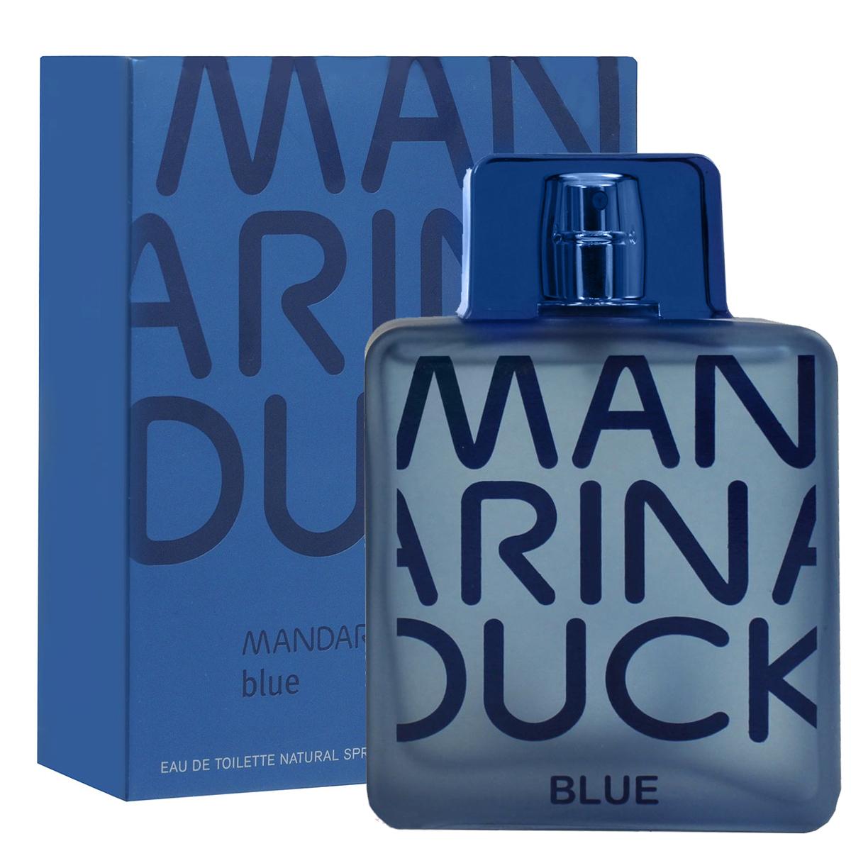 Mandarina Duck Туалетная вода Blue, мужская, 100 мл47105Соблазнительный и свежий аромат Blue от Mandarina Duck сочетает в себе модные аспекты со свежими и традиционными ценностями. Свежий древесно-водный аромат. Искрящийся и лучистый в верхних нотах…словно бриз свежего воздуха. Сочные фрукты, цитрус и озон создают синий соленый аромат моря. В сердце лежат специи и фиалки, наполняющие аромат элегантным и необычным характером. Классификация аромата : морской, древесно-водный. Пирамида аромата : Верхние ноты: масло итальянского бергамота, масло грейпфрута и сочные фрукты. Ноты сердца: листья фиалки из Египта, озон, кардамон из Гватемалы. Ноты шлейфа: кедр, серая амбра, бобы тонка. Ключевые слова Свежий, элегантный, мужественный! Туалетная вода - один из самых популярных видов парфюмерной продукции. Туалетная вода содержит 4-10% парфюмерного экстракта. Главные достоинства данного типа продукции...