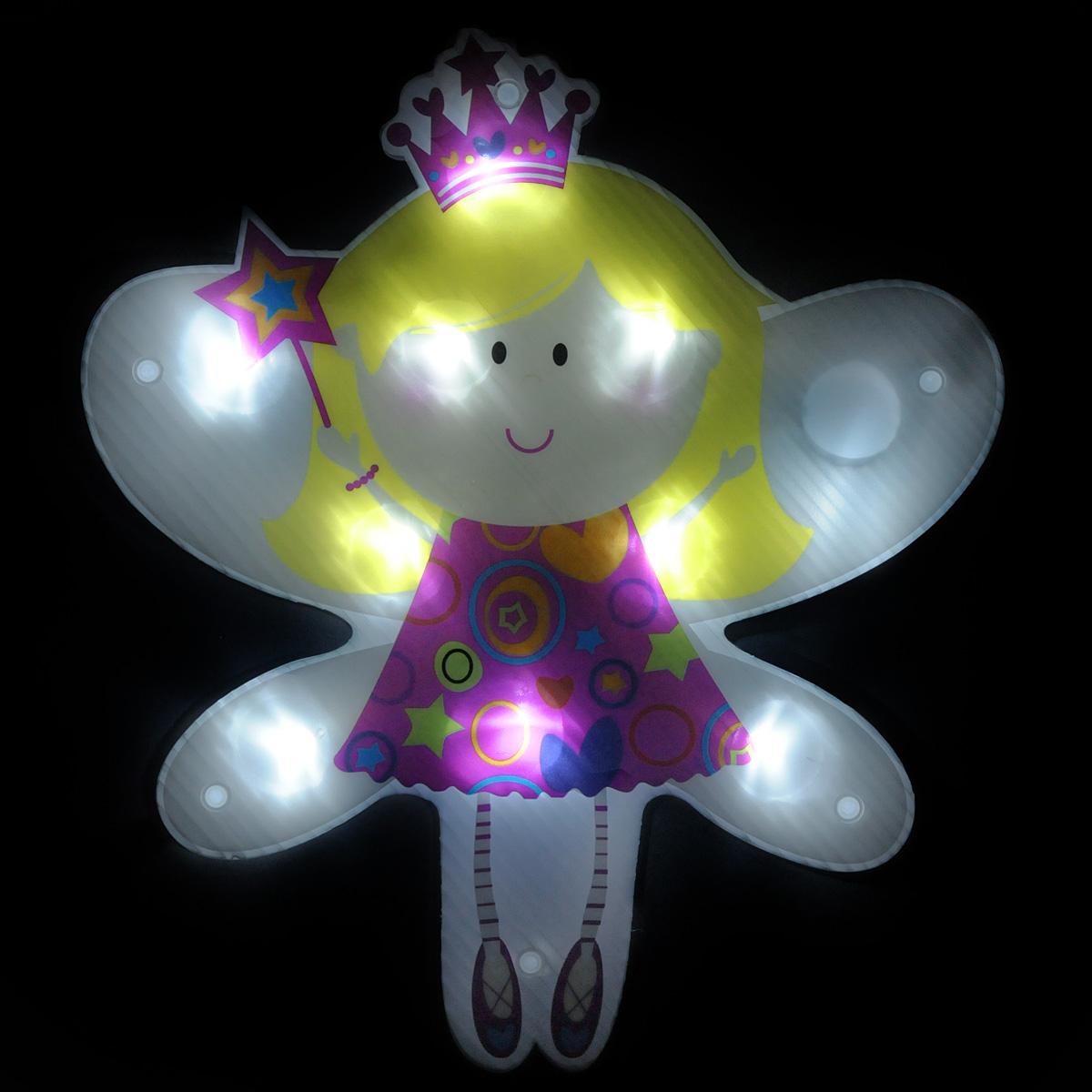 Светильник Lunten Ranta Ангел, 25 см х 29 см63599Светильник Lunten Ranta Ангел выполнен из высококачественного пластика. Особенностью данной фигурки является наличие светодиодного устройства, благодаря которому украшение светится. Светильник оснащен силиконовой присоской для крепления к стеклу. Такой оригинальный светильник оформит интерьер вашего дома или офиса в преддверии Нового года. Оригинальный дизайн и красочное исполнение создадут праздничное настроение. Кроме того, это отличный вариант подарка для ваших близких и друзей. УВАЖАЕМЫЕ КЛИЕНТЫ! Светильник работает от 3-х батареек типа ААА. Батарейки входят в комплект.