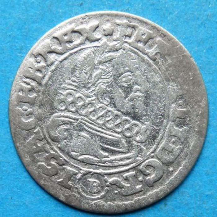 Монета 3 крейцера. Моравия (Австрия), чекан Брюнн, 1624 год. Фердинанд II304329Монета 3 крейцера. Моравия (Австрия), 1624 год. Фердинанд II (1578-1637). Диаметр 2,1 см. Аверс: профильный портрет Фердинанда II, круговая легенда FERDINAND DG R I S A G H B REX. Реверс: герб, круговая легенда. Соотношение осей аверса и реверса: 9. Чекан: В: Брюнн (совр. Брно). Сохранность очень хорошая (VF). Красивая патина.